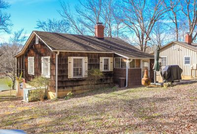 13846 Woody Point Road Charlotte NC 28278