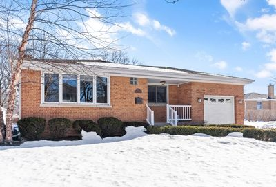 327 Hickory Drive Itasca IL 60143