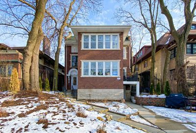 4637 N Dover Street Chicago IL 60640