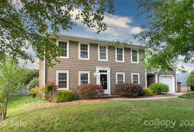 6827 Oldecastle Court Charlotte NC 28277