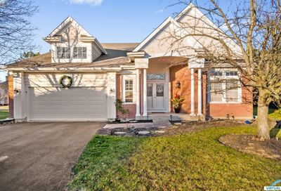 733 Interlochen Court Riverwoods IL 60015