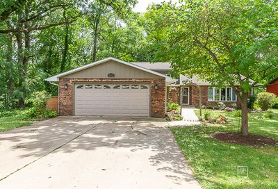 612 Rustic Rook Drive Lake Holiday IL 60552