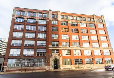 333 S Desplaines Street Chicago IL 60661