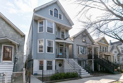 1709 W Barry Avenue Chicago IL 60657
