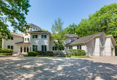 2 S Robinwood Court Riverwoods IL 60015