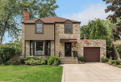 4732 Wolf Road Western Springs IL 60558
