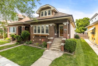 4948 N Lowell Avenue Chicago IL 60630