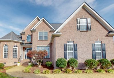 2001 Windsong Dr Spring Hill TN 37174