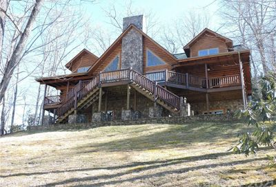 475 Toe River Road Burnsville NC 28714