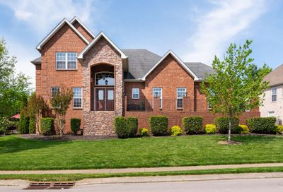 1017 Fitzroy Cir Spring Hill TN 37174