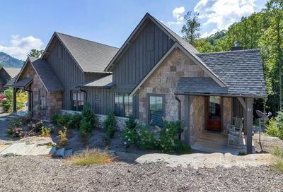 14 Saddle Notch Lane Tuckasegee NC 28783