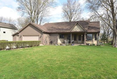 1055 Linda Lane Lake Holiday IL 60548