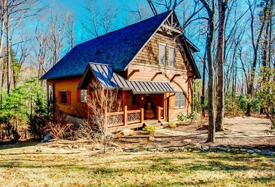 475 Thunder Mountain Road Hendersonville NC 28792