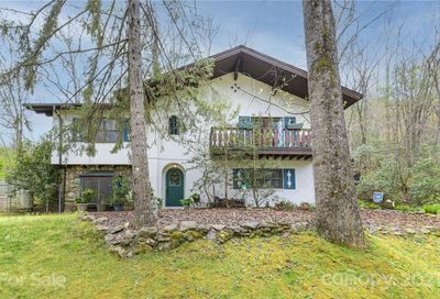 1483 S Country Club Drive Cullowhee NC 28723