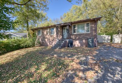 1703 Jeans Ct Nashville TN 37216