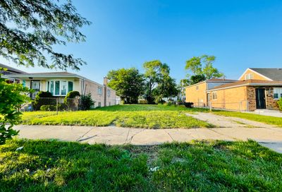 1746 W Edmaire Street Chicago IL 60643