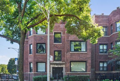 4755 N Beacon Street Chicago IL 60640