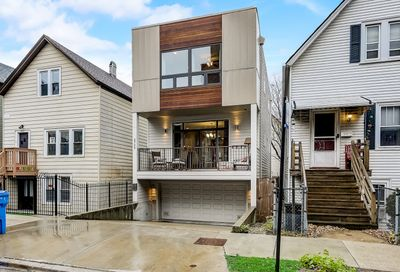 2723 W Saint Georges Court Chicago IL 60647