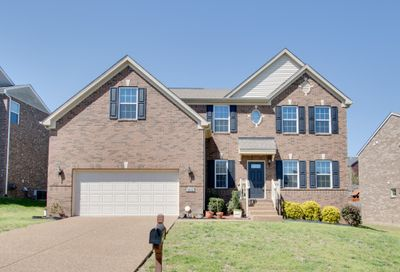 290 Cobblestone Lndg Mount Juliet TN 37122