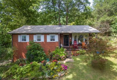 14 Penelope Street Black Mountain NC 28711