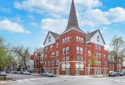 3252 N Kenmore Avenue Chicago IL 60657