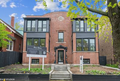 4748 N Dover Street Chicago IL 60640
