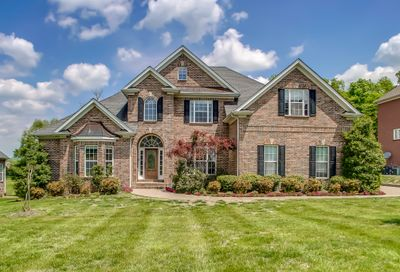 2012 Valley Brooke Dr Brentwood TN 37027
