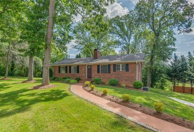 108 Valley View Road Mills River NC 28759