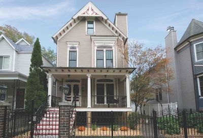 4841 N Hoyne Avenue Chicago IL 60625