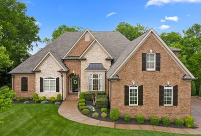 1802 Benziger Ter Brentwood TN 37027