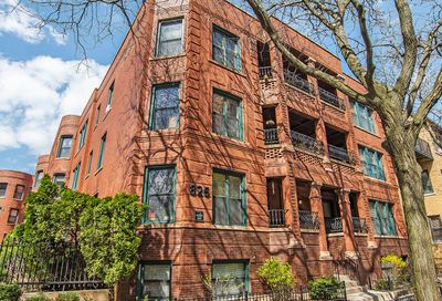 826 W Lakeside Place Chicago IL 60640