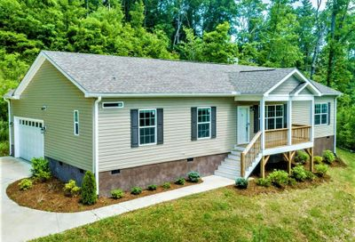 115 Luther Cove Road Candler NC 28715