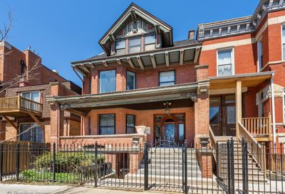 1032 W Diversey Parkway Chicago IL 60614