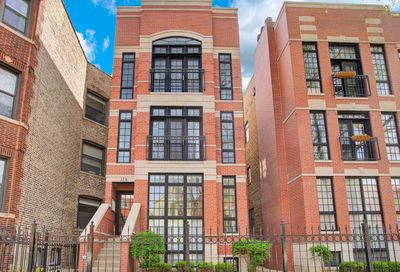 3251 N Kenmore Avenue Chicago IL 60657