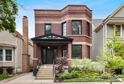3743 N Bell Avenue Chicago IL 60618