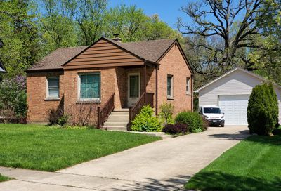 4829 Lee Avenue Downers Grove IL 60515