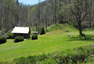 641 Rambling Road Cullowhee NC 28723