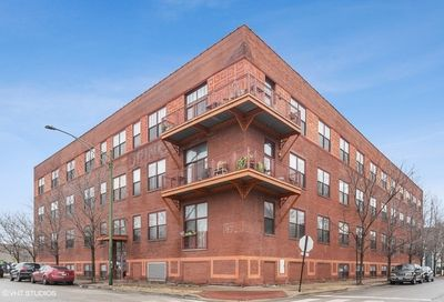 1061 W 16th Street Chicago IL 60608