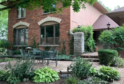 7015 Clayton Court Downers Grove IL 60516