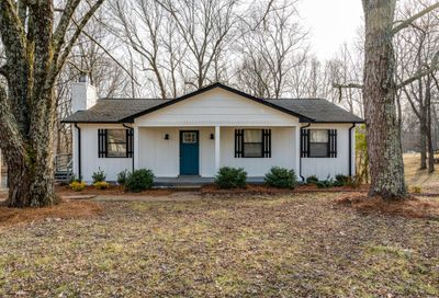 1110 Winding Way Dr White House TN 37188