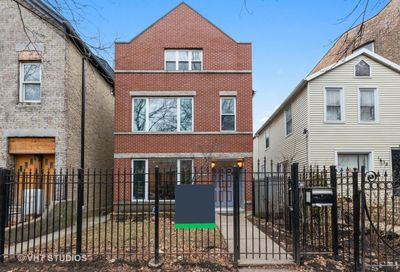 1636 N Leavitt Street Chicago IL 60647