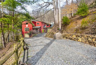491 S Valley View Drive Mars Hill NC 28754
