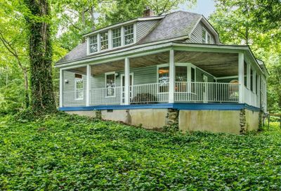 26 Chestnut Lodge Road Black Mountain NC 28711
