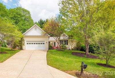 104 Forest Lake Drive Asheville NC 28803