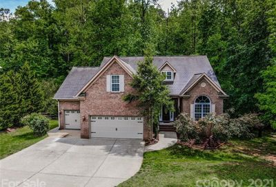 253 Streamside Place Mooresville NC 28115