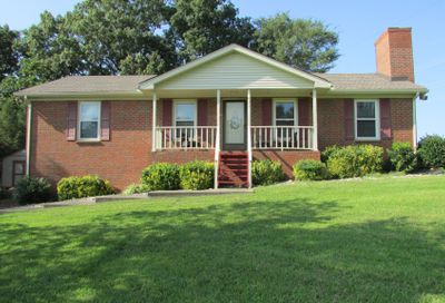 671 Lakeside Dr Springfield TN 37172