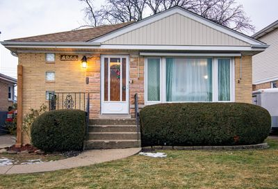 4944 N Rutherford Avenue Chicago IL 60656
