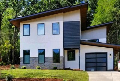 305 Iron Ridge Loop Asheville NC 28806