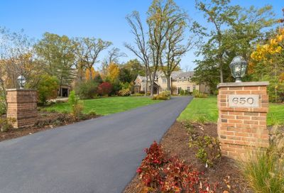 650 Meadowood Drive Lake Forest IL 60045
