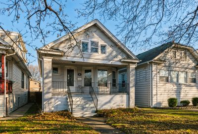 4637 N Leamington Avenue Chicago IL 60630